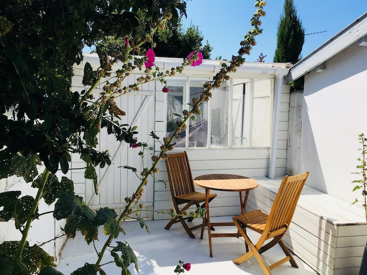La Rochelle: studio calme proche centre-ville