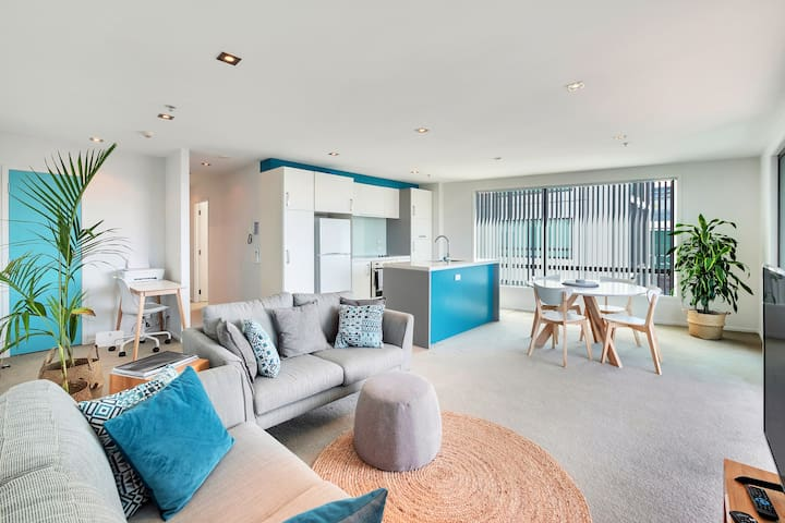 Gorgeous AKL Central City Two Bed Apartment near Britomart