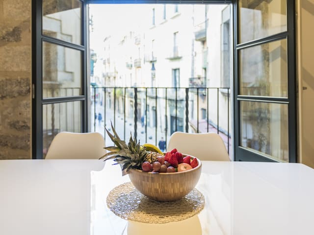 Renovated and modern apartment in the heart of Girona (1B)