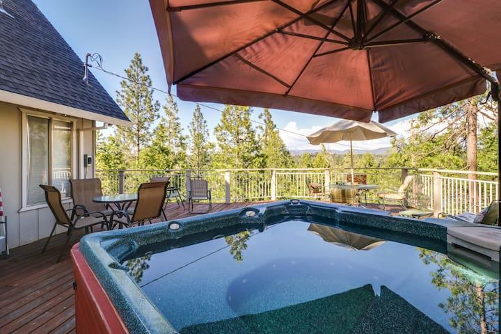 Spacious home w/ private hot tub & shared pool - 1 mile to beach