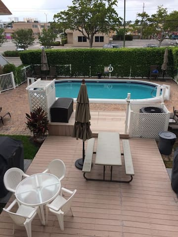 Tastefully decorated waterfront Condo!!