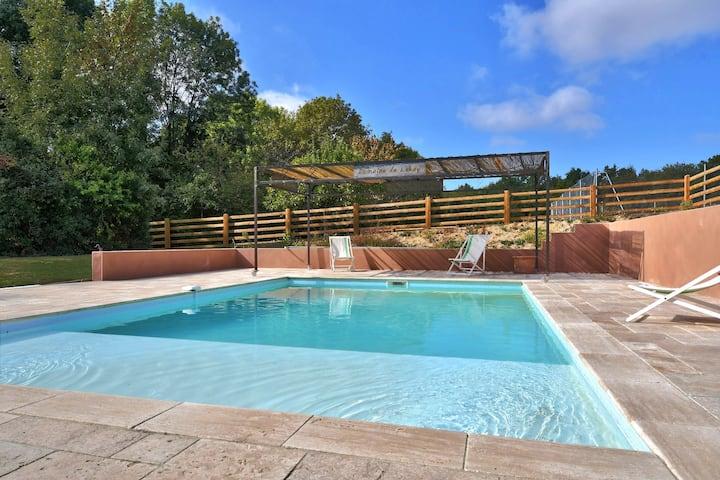 Maison piscine et tennis idéal déplacement pro