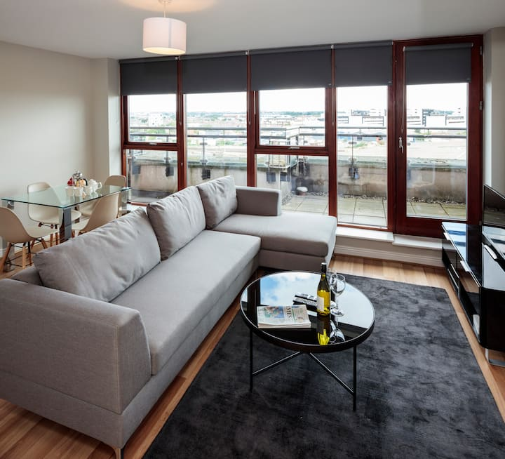 Close to IFSC, 3 Arena, convention Centre & Luas
