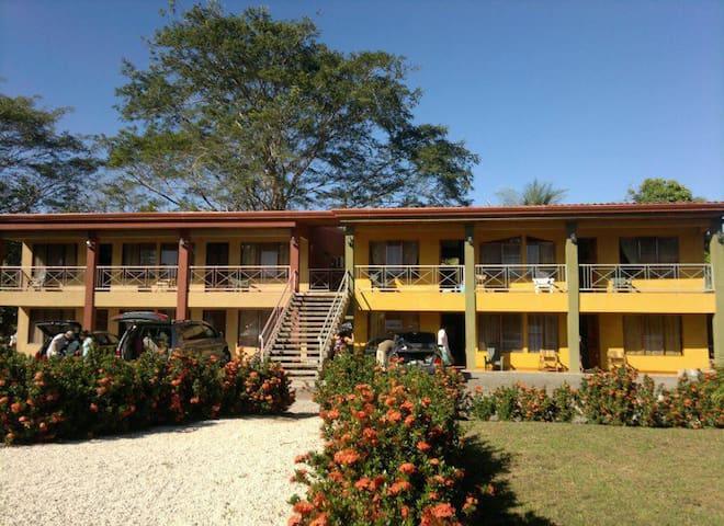 Cabinas /Apartamentos Rancho San Fermín!