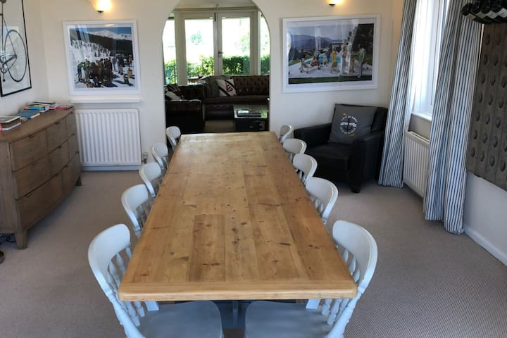 Enjoy leisurely meals at the 10' long dining table