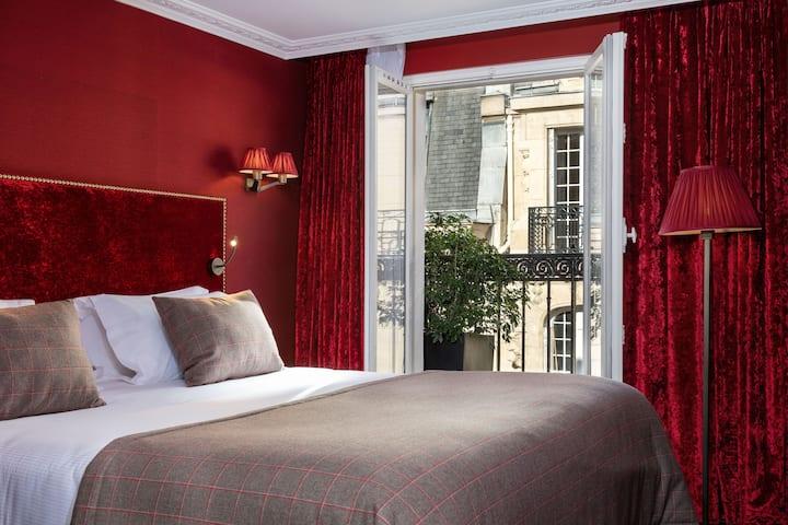 Cosy Room with balcony - FREE Breakfast
