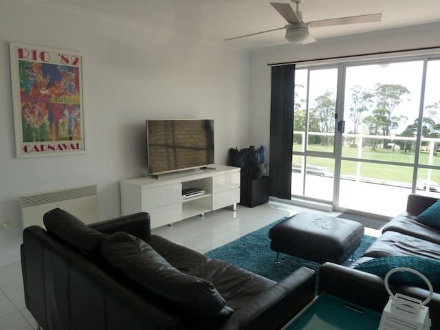Central Luxury with Fabulous Views