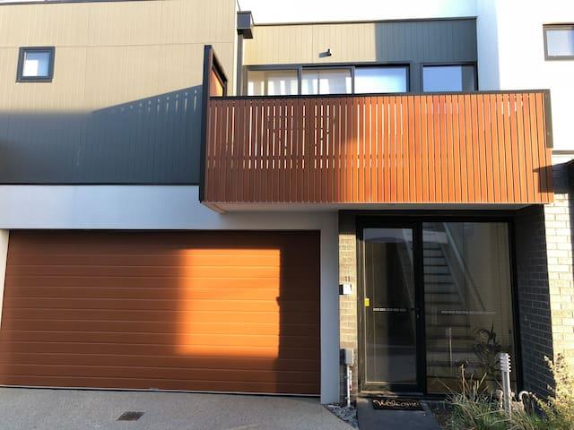 Luxury 2 Bedroom Beach Side Apartment.