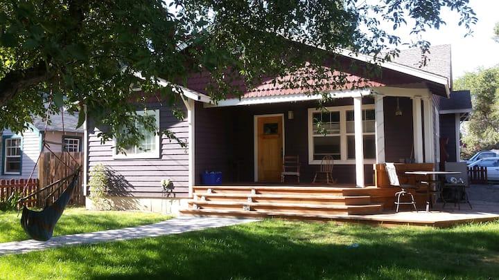 Private studio: The Purple house
