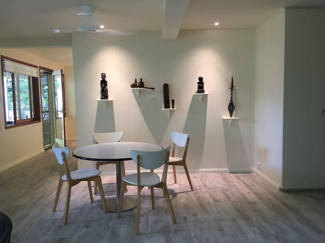 Spacious Modern Kirribilli Apartment - Kirribilli - Wohnung