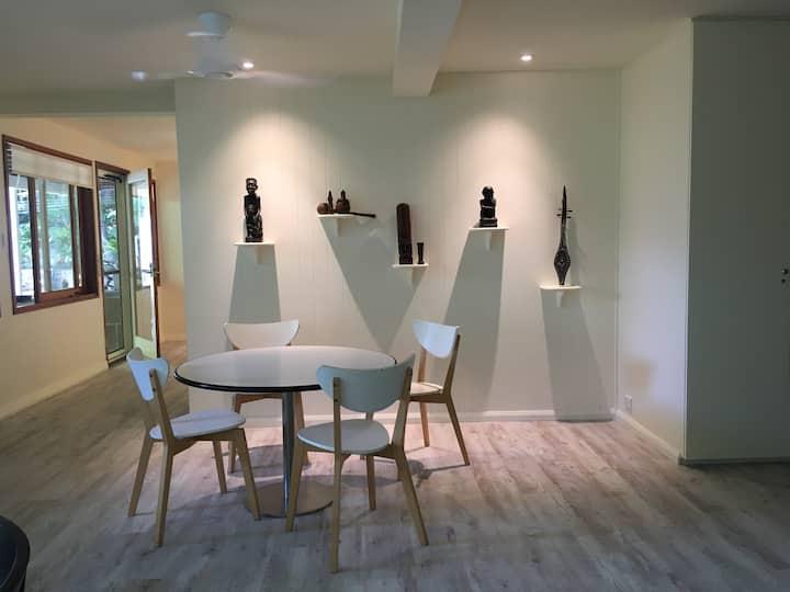 Spacious Modern Kirribilli Apartment