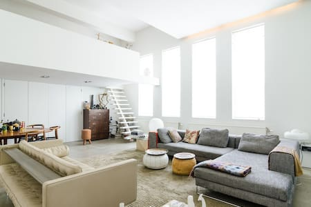 The Big Tsaar 220m2,suitable for groups and family - Amsterdam - Loft