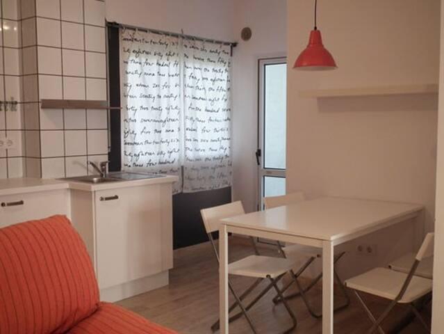 Apartamento 2 dormitorios, 3 px - Vimianzo - Lägenhet