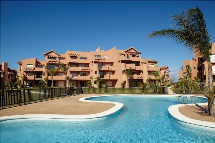 Modern 2 bedroom apt. Mar Menor Golfresort