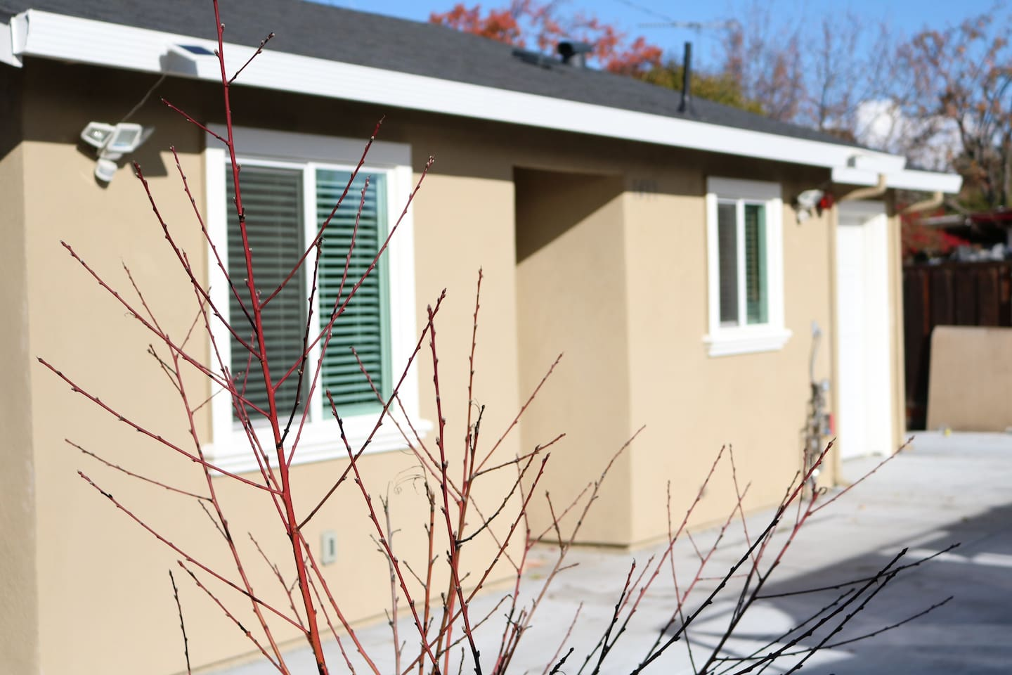 Built since 2017. This is a 2bedroom/1bath 600ft home - brand new appliances.   You will enjoy the spacious bedrooms and convenient amenities such as wifi, smarttv, and gym.  The place is safely gated and convenient to all places in the bay area.