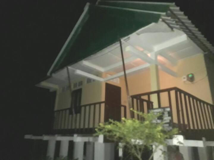 La maison de Ananda 2 (Concrete Cottage at Majuli)