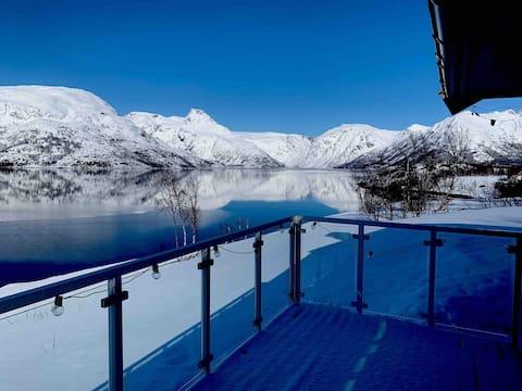 Mökki Jøkelfjordissa