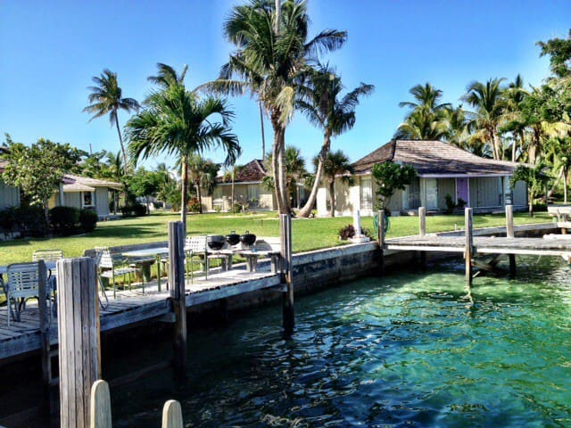 Dock Next to Your Waterfront Villa! - Treasure Cay - Villa