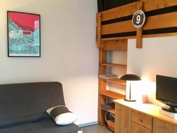 Studio 5 personnes mezzanine avec WIFI , résidence Hélios 209