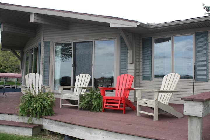 3 bdrm, close to Oakwood Resort (90)