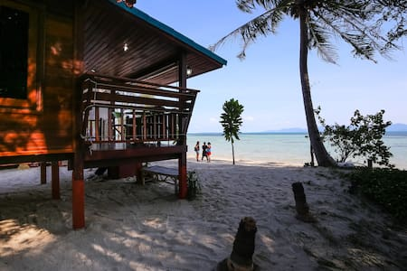 Romantic Beachhouse with sunsetview - Ko Pha-ngan - Talo