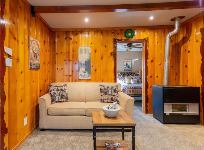 Cozy Big Bear Cabin With Spa Near Ski Resorts/Lake