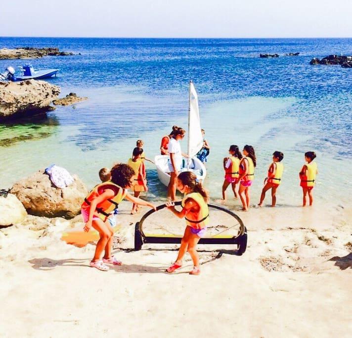 """La spiaggia difronte casa  """"home music&love""""."""