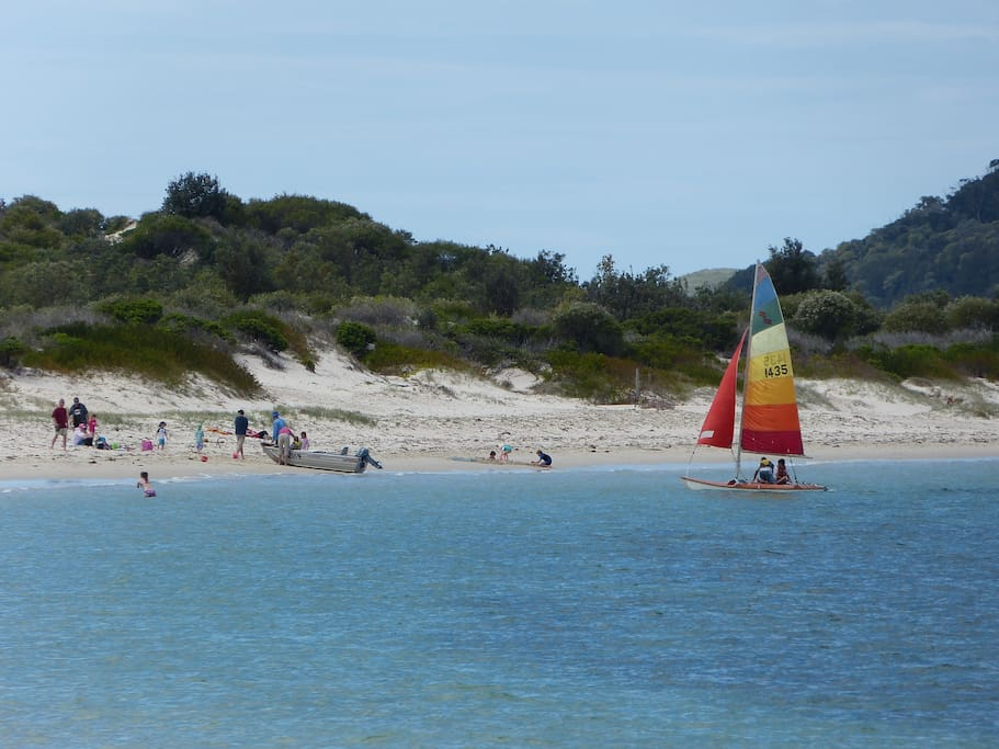 Jimmys Beach and Myall River just around the corner
