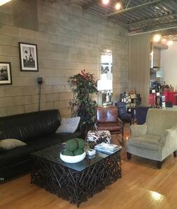 Modern Loft Available for National Championship - Tampa