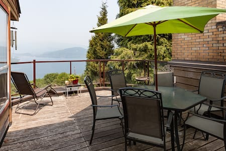 Beautiful ocean view home - Burnaby - Hus