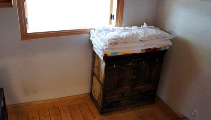 """""""단경""""  향실1,  고즈녹한 전통한옥입니다.(4인실)"""