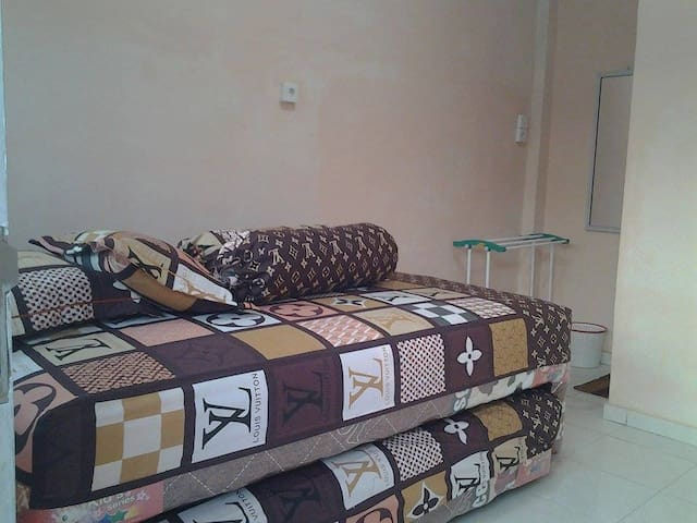 Kamar - Padang - Bed & Breakfast