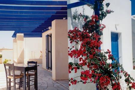Studio Nr.3 Paros, Agia Irini Bay - Парос