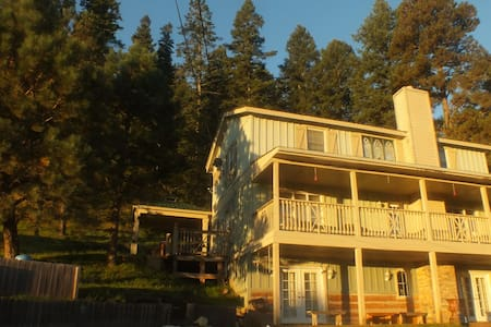 """Manor in """"God's Country"""" - Cloudcroft"""
