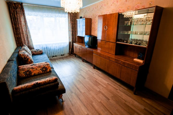"""1 комнатная квартира """"Привет Бабуля"""" - Cheboksary - Apartment"""