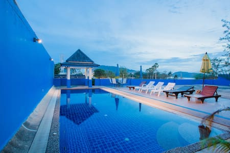A superior twin next sea and beach - Patong - Wohnung