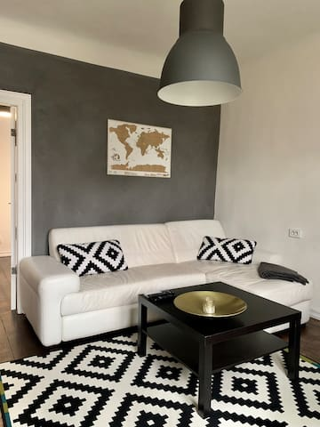Cosy apartment next to Old Town and City centre