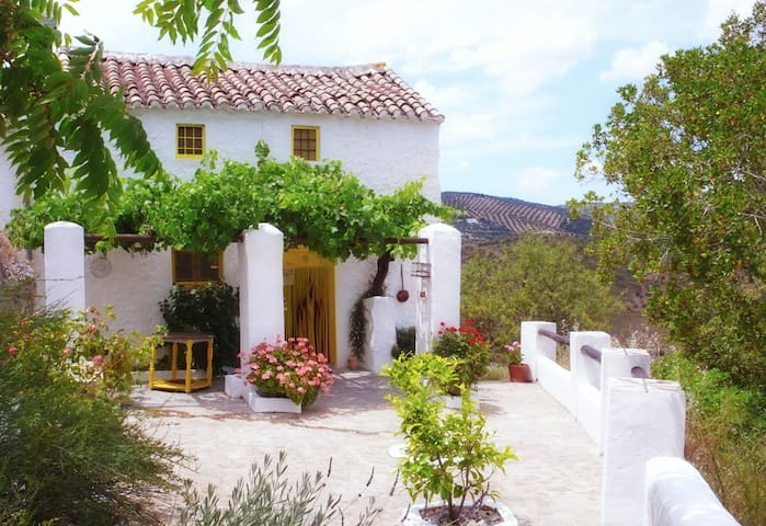 Stunning Cottage in rural Andalucia - Iznájar - Haus