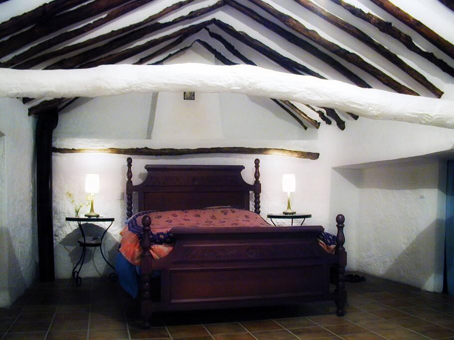 Stunning main bedroom