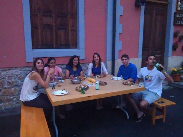 Covandonga Lodge Cangas de Onis - Cangas de Onís - Oda + Kahvaltı