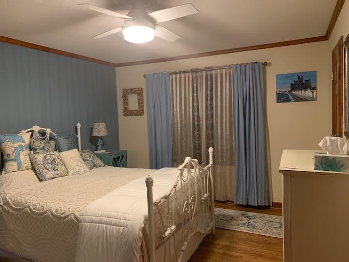 The Bonnie Blue Room