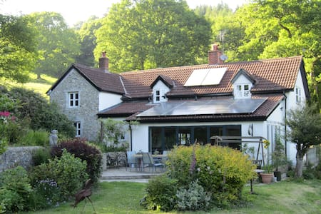 Quiet B&B smallholding, easy access - colyton - Penzion (B&B)