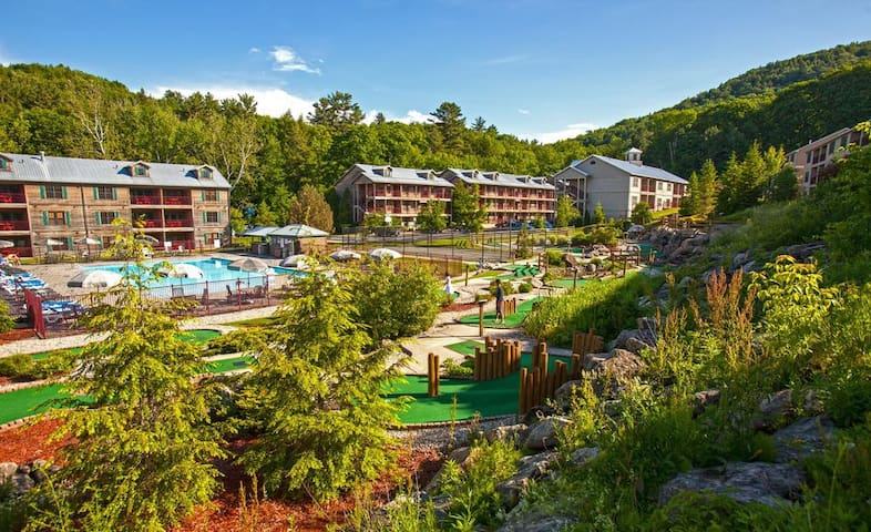 Berkshires Resort, Lee, MA—Prime Tanglewood Weeks