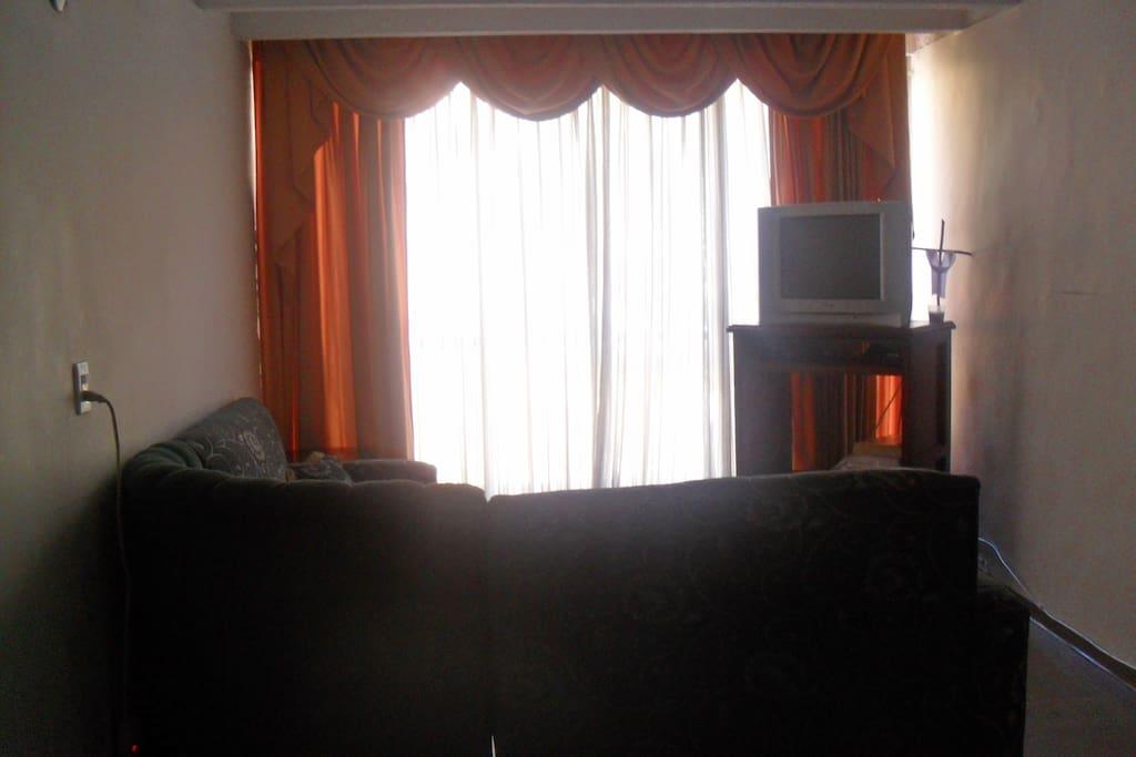 Nice room departamentos en alquiler en medell n for Habitacion familiar medellin