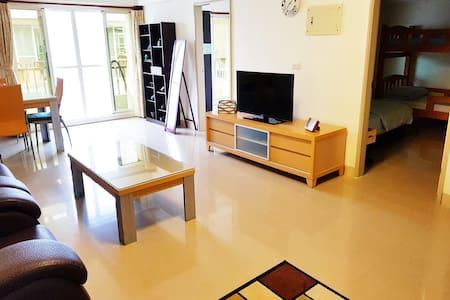 正市中心兩房獨立公寓 !! (一次只接待一組客人!!)