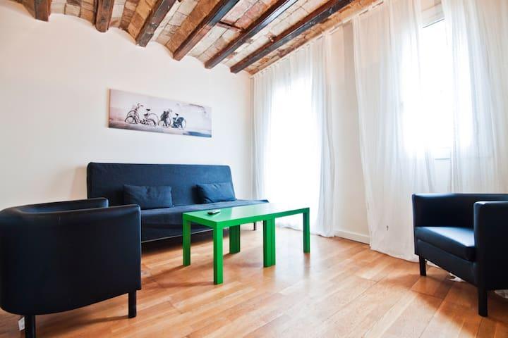 LuxRent Apartment Num.15