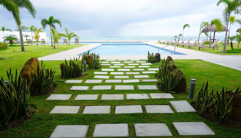 Brand New 2 Bdrm Beachfront Near Coronado #1203