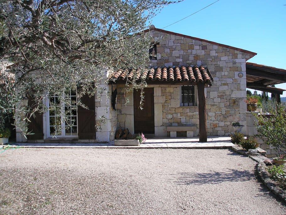 Maison de charme dans village perch du var houses for - Maison de charme perche ...