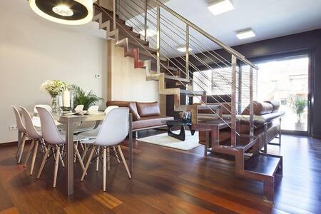 Penthouse with swimming pool VI - 아파트