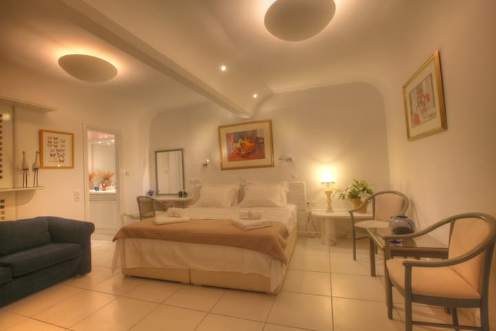 Executive Suite with Garden View - Mykonos - Apartamento